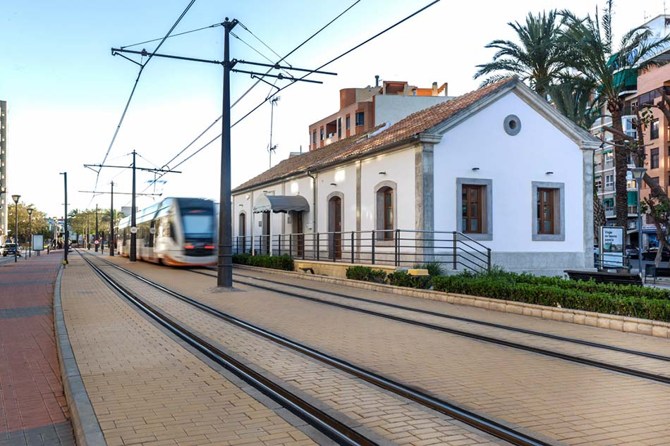 4028-ESTACION-TRAM-CAMPELLO-LAQUANT-006-LOW