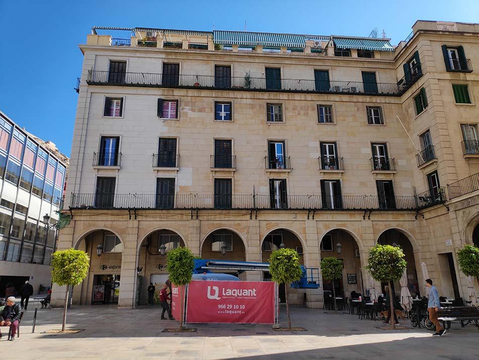 Rehabilitacion fachada Plaza Ayto Alicante