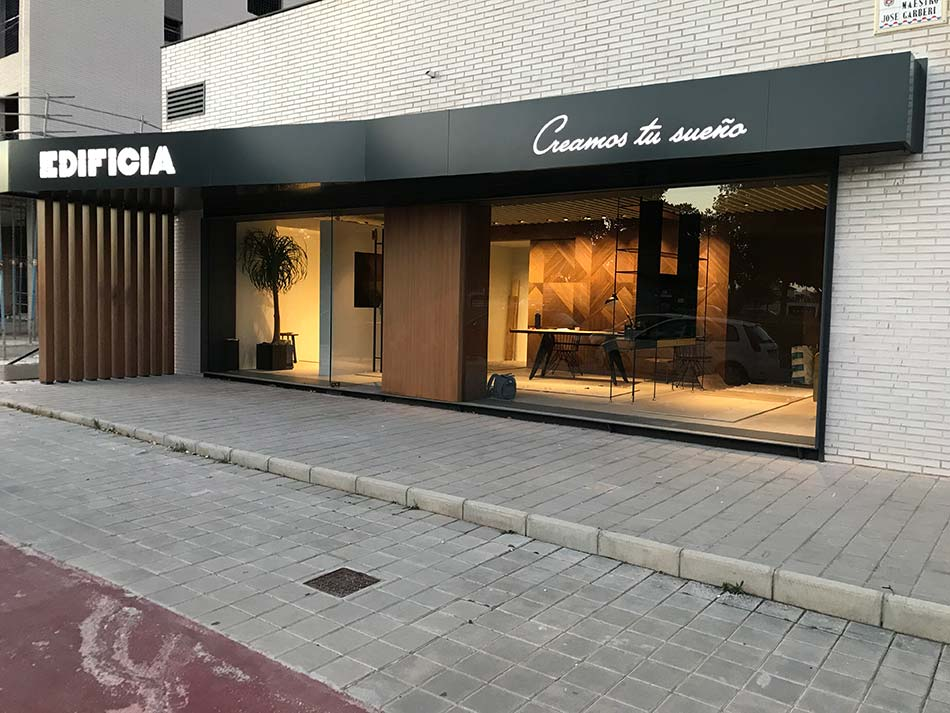 Showroom EDIFICIA - Laquant-21